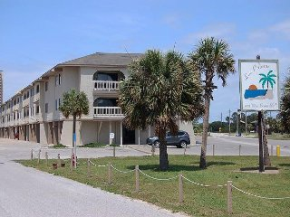 Las Palmas 204: 2 bedroom / 2 bathroom condo in Gulf Shores, Sleeps 6
