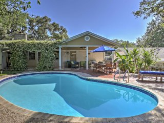 House w/Private Pool 12 Miles from DT San Antonio!