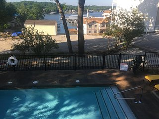 Lake Breeze Timbers, Lake Ozark