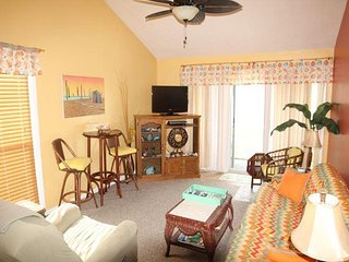 Quail Hollow A4-1U, Amazing 2 Bedroom, 2 Bath Condo, Pool, BBQ, Saint Augustine