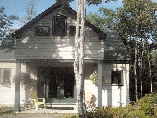 Hill Cottage - finely-crafted gem near Bar Harbor & Acadia National Park