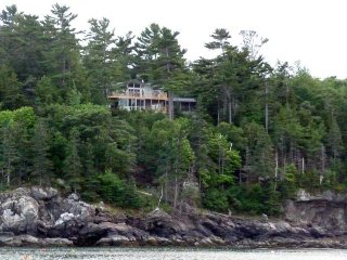 Cedar Ledge & Apt - spectacular views overlooking Frenchmans Bay in Bar Harbor