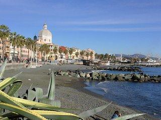 Genova appartamento vicino al lungomare 4 posti  l