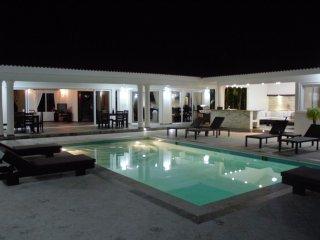 Sunny, family-friendly villa in Caribbean nation, Sosua