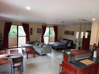 Casa Cataleya Bohol Luxury Studio Apartments, Dauis