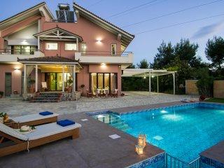 5 Bedroom Villa - La Maison du Maire