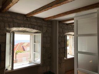 Apartments Lovrinčić - Duplex Two Bedroom Apartment with Sea View (Kapelica), Dubrovnik