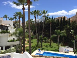Beautiful bright 2 bedrooms close to beaches and Puerto Banus Marbella