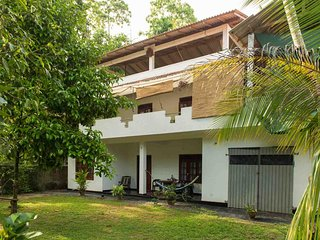 Jungleside House Rental