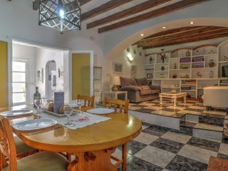 Ground floor apartment in Pollensa with WiFi, air con and a small terrace
