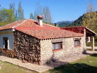 Casa Rural Cueva Ahumada a 4 km del nacimientos del río Mundo
