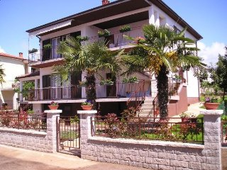 Apartment Vedrana A4+3, Umag