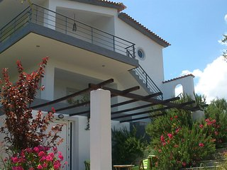 hotel apartments aiolos