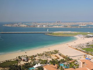 Luxury One Bedroom Apartment in Jumeirah Beach Residences
