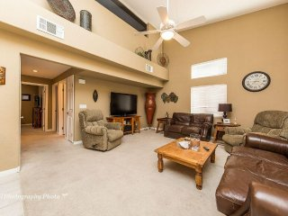 GREAT CONDO FOR SNOWBIRDS, NEXT TO WOLF CREEK GOLF COURSE FOR GOLFERS