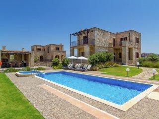 Villa Emerald - Beachfront new and luxe Villa, private pool in Rapaniana near Chania