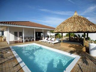 Villa Dolce Vita - Vista Royal - 6 personen - Beautiful villa with private pool in Jan Thiel in Willemstad, six people
