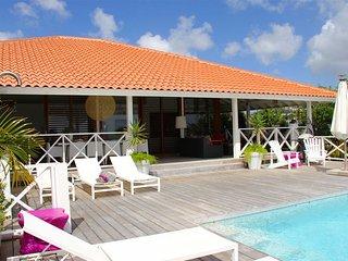 Villa Flor de Luna - Boca Gentil - Large villa with beautiful landscaped garden with plenty of privacy in Willemstad