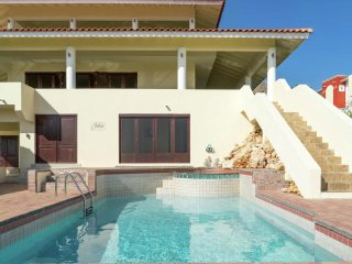 Villa Dream View - 16 personen - Beautiful hilltop villa with breathtaking