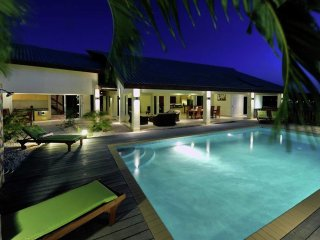 Villa Mamaya - Bottelier - Tropical villa with lovely view, in central villa district Bottelier on Curacao