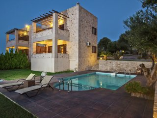 Villa Daphne - Villa Daphne, luxurious, for 6 people on the outskirts of Rethymnon, Giannoudion