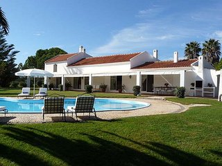 Quinta Velha - Beautiful renovated 4 bedroom Quinta with private pool on large