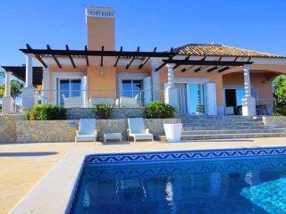 Vila Esparto - Beautiful 3 bedroom villa near Sao Bras with private pool and great views, São Brás de Alportel