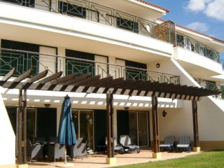 Apt Sofia - Beautiful and spacious 3 bedroom ground floor apartment in Vila Sol