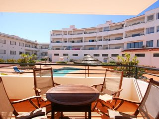 Apartment Infante de Sagres, lovely 2 bedroom centrally located apartment