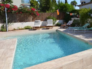Villa Casa Alexander, Car not needed. Feature pool & lots of space for everyone