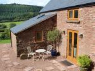 Nuthatch Cottage.  A Cosy retreat overlooking the Flaxley Valley, Forest of Dean