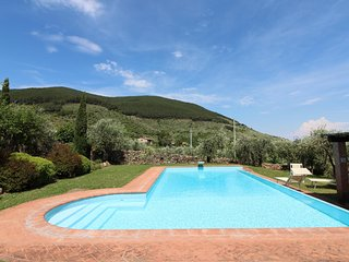 Casa di Meo with pool on the tuscan hills, Buti
