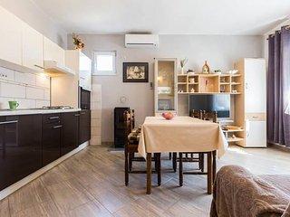 Apartment/Flat in Kukljica, at Rezija's place