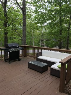 Upgrade your Pocono Mountain retreat with this alluring Bushkill vacation rental house.