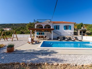 House Trogir Flower - villa with a private pool