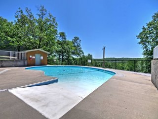 NEW! Branson West Condo-Pool & Fishing Lake Access