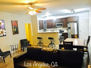 DTLA 2 story 4BD apartment, Convenient Location
