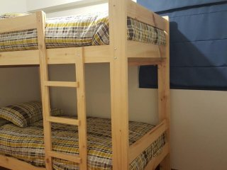 Private Bed Bunk Bed for 2 People in Spacious Apartment Near Lima Intl Airport
