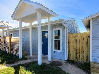 The cutest one bedroom cottage in all of Port Aransas!
