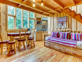 Unique rustic hideaway among the trees w/ shared hot tub - two miles from lake