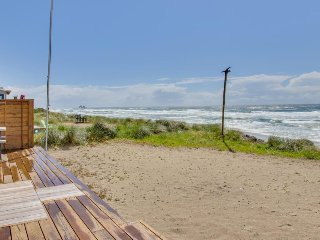Oceanfront home with views & easy access to town - one block to beach