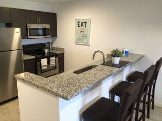 ALHAMBRA VIEW | 2 BED |702