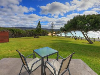 Beach Cabins Merimbula Beachfront Studio - couples