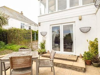 JANJIRA, seaside, beaches, private parking, coastal path, St Ives, Ref 956842