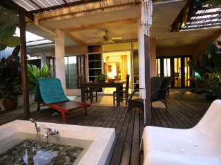basaga honeymoon/family Villa