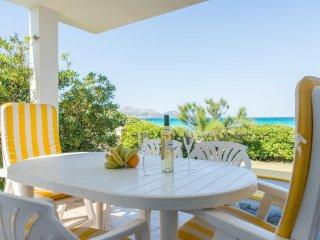 Villa Joy con vista mar, en primera linea de la playa de muro 4406