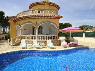B33 MARTINA villa con piscina privada y jardín