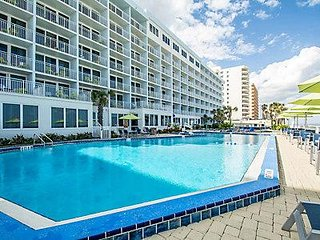 Daytona 500 week - 2018   OCEANFRONT!!!  ONE BEDROOM SUITE (not 2)!!!