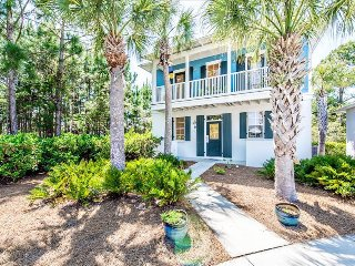Blue Sky Bungalow-2BR-30A- OPEN 9/23-9/30! Walk to Seagrove Beach- Bike Rental