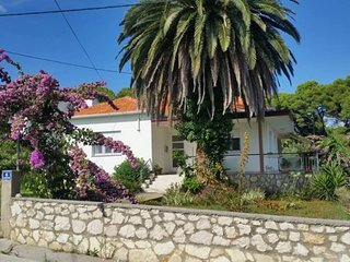 Holiday House Batalaza